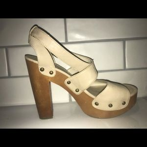 High heeled strap